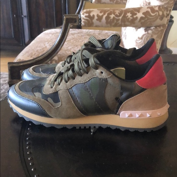 Valentino Camouflage Rockrunner Sneaker